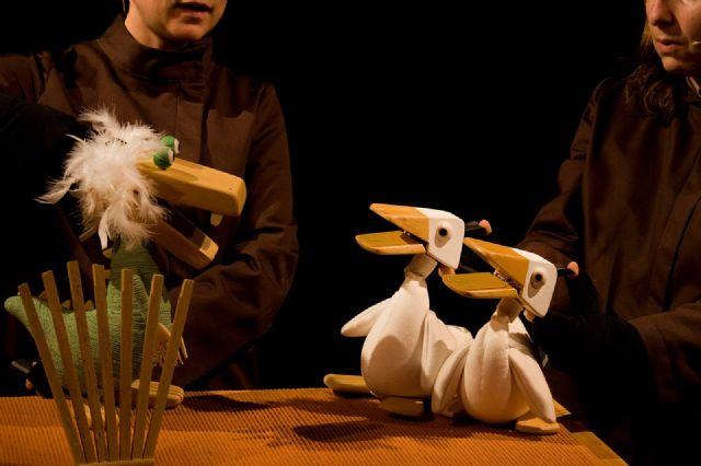 La compañía murciana Periferia Teatro lleva al cocodrilo 'Guyi-Guyi' de gira por Chile - 1, Foto 1