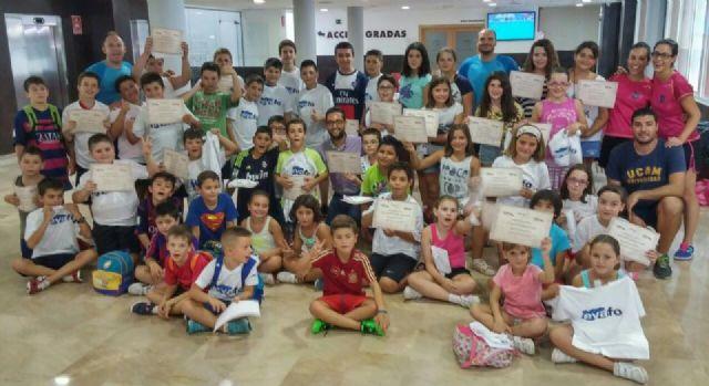 97 niños han disfrutado durante el mes de julio de las distintas actividades deportivas y lúdicas que se han desarrollado en el EVAFO - 1, Foto 1