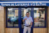 La administración de lotería 'El Pino' lanza el primer décimo de Navidad con realidad aumentada