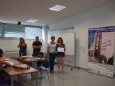 Se entregan los diplomas a los alumnos de los cursos de Prevenci�n de Riesgos Laborales y Manipulador de Alimentos celebrados en el Centro de Desarrollo Local