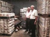 Salud Pública inicia las tareas de limpieza de la nave de Halcón Foods en Campos del Río