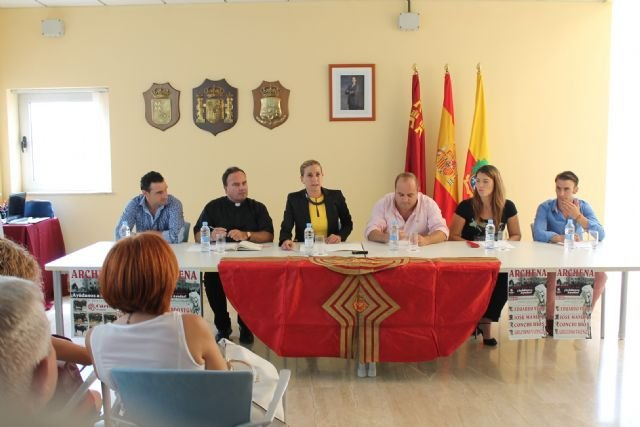 Presentación del cartel de la novillada -picada mixta a beneficio de Cáritas que se realizará en las Fiestas del Polvorín de Archena - 1, Foto 1