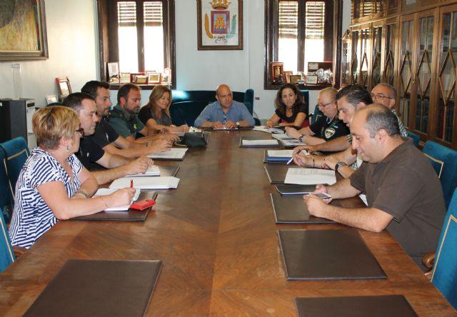 La junta local de seguridad planifica el dispositivo especial para la Feria de Cieza - 1, Foto 1