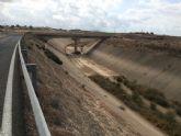 El alcalde advierte del peligro que existe de inundaci�n en el n�cleo rural de Las Ventas y el Camino Real por una embocadura abierta en el Canal de El Paret�n si la CHS no toma medidas
