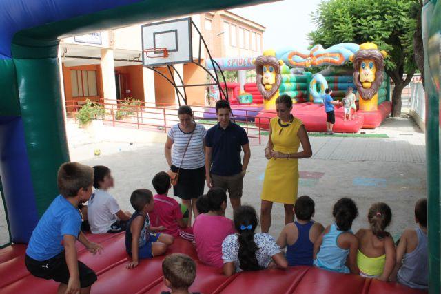 La Alcaldesa visita la escuela municipal de verano - 1, Foto 1