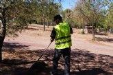 Limpian las principales zonas recreativas en las inmediaciones de La Santa con el fin de evitar incendios forestales