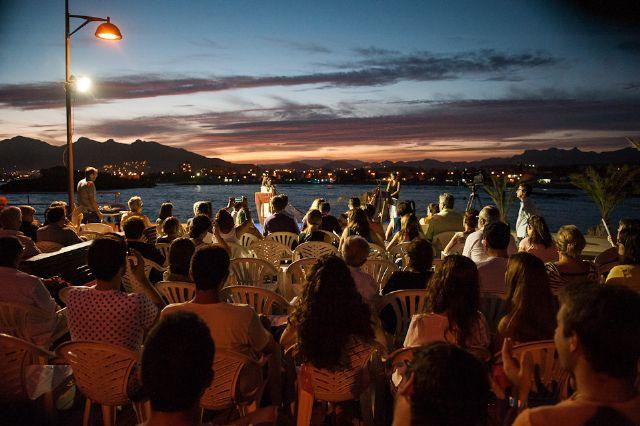 Buena acogida del primer recital de poesía Mar de Letras - 1, Foto 1