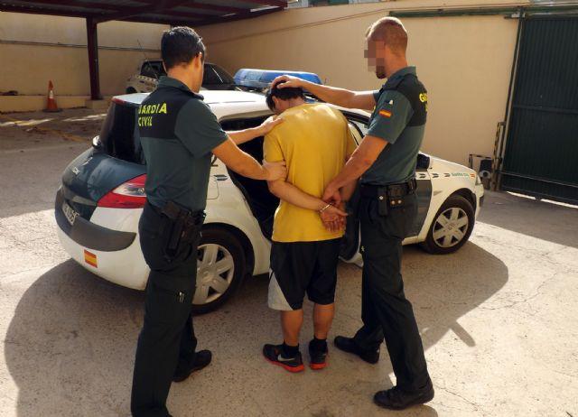 La Guardia Civil detiene al presunto autor de la sustracción de dinero recaudado para actividades benéficas - 1, Foto 1