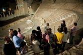 El Teatro Romano, bajo la luz de la luna