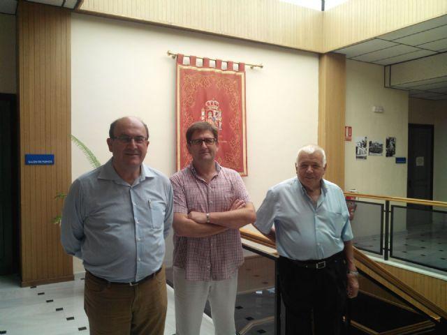 Encuentro de CEBAG con el alcalde de Alhama, Foto 2