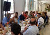 Ana Guijarro destaca 'la gran labor que realizan los trabajadores sociales en los centros de mayores'