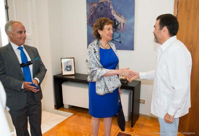 El Ayuntamiento agasaja a la embajadora de México - 1, Foto 1