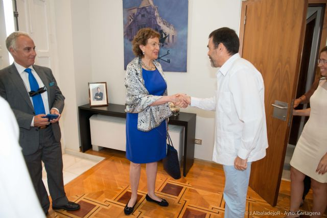 El Ayuntamiento agasaja a la embajadora de México - 2, Foto 2
