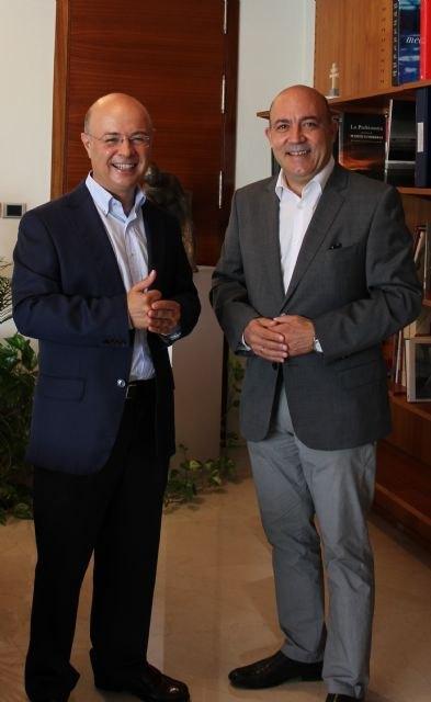El consejero de Hacienda mantiene reuniones con tres alcaldes de la Región - 3, Foto 3