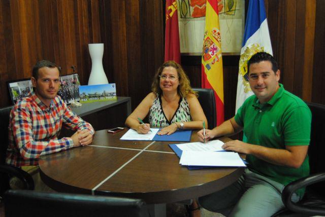 El Ayuntamiento de San Pedro del Pinatar y el Club FS Pinatar suscriben un convenio de colaboración - 1, Foto 1