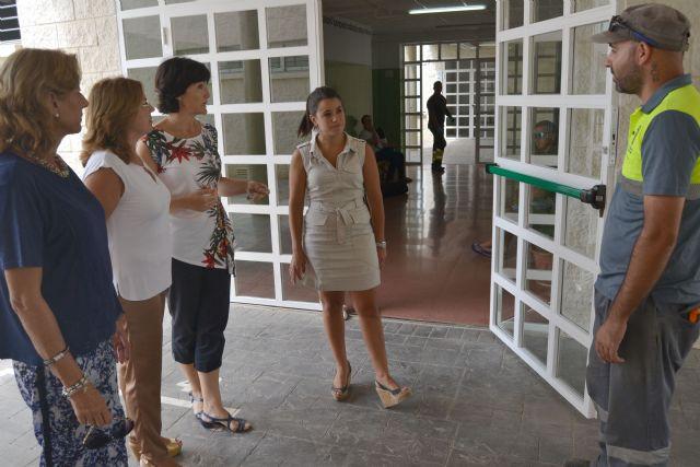 El Ayuntamiento reforma y adecua los colegios públicos de municipio para el  inicio de curso - 1, Foto 1