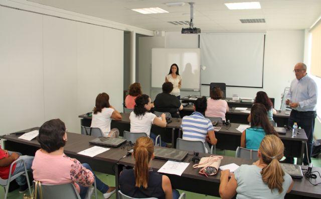 El Vivero de Empresas para mujeres de Puerto Lumbreras acoge un curso de informática aplicada al turismo rural - 1, Foto 1