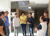 La Alcaldesa de Puerto Lumbreras se reúne con el director general de Juventud para potenciar las instalaciones del Albergue Juvenil Cabezo de la Jara