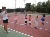 Comienza la Escuela de Tenis Kuore en las pistas del Polideportivo y la Ciudad Deportiva