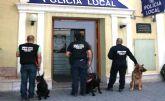 La Unidad Canina de la Policía de Cieza destapó casi 80 casos relacionados con drogas en feria