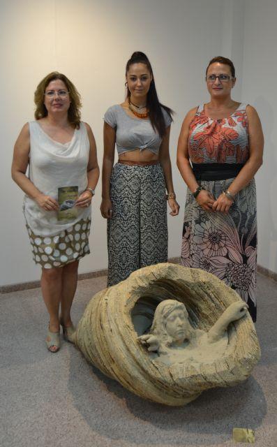 Naturaleza y feminidad protagonizan la muestra escultórica de la joven Noemí Yepes - 1, Foto 1
