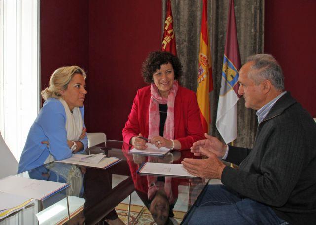 Adela Martínez-Cachá será la pregonera de las Fiestas Patronales de Puerto Lumbreras 2015 - 1, Foto 1