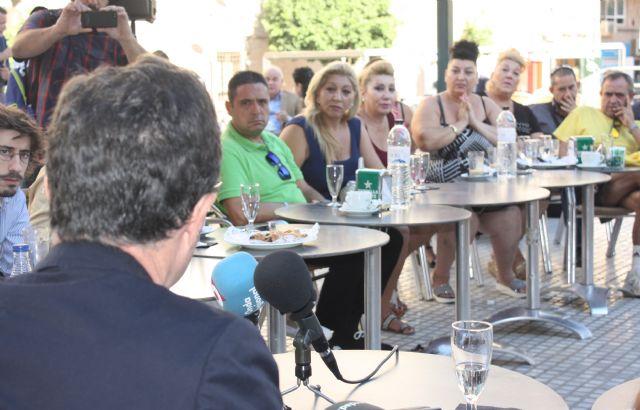 El Alcalde comparte un desayuno con vecinos para hablar sobre Murcia - 5, Foto 5