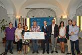 La UPCT entrega a La Huertecica su donativo solidario