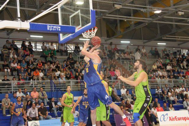 El UCAM Murcia venció por 75-68 en la primera semifinal del Torneo Air Europa - 1, Foto 1