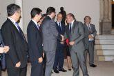 El presidente de la Comunidad recibe a los rectores y vicerrectores de las universidades españolas