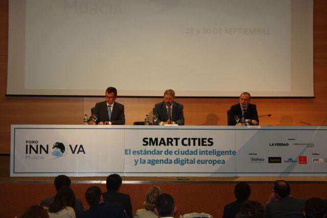 El Alcalde sitúa la transparencia y la participación ciudadana como elementos imprescindibles de las ciudades inteligentes - 1, Foto 1