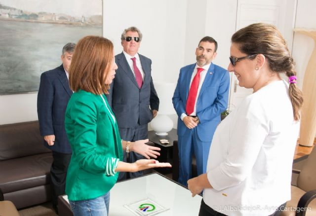 López y Castejón mantienen contacto con el delegado territorial de la ONCE - 2, Foto 2