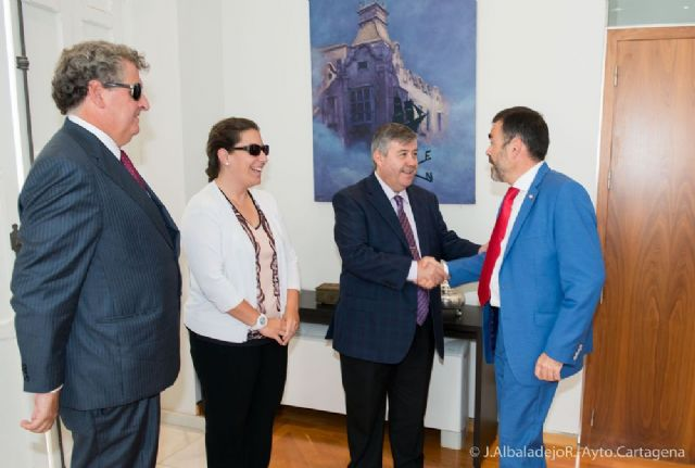 López y Castejón mantienen contacto con el delegado territorial de la ONCE - 5, Foto 5