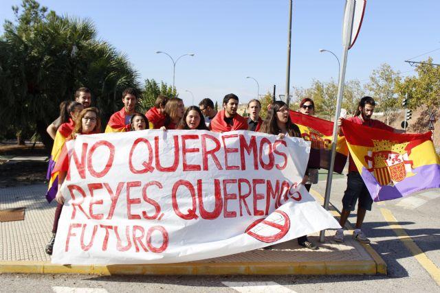 UJCE Región de Murcia: No queremos reyes, queremos futuro - 1, Foto 1