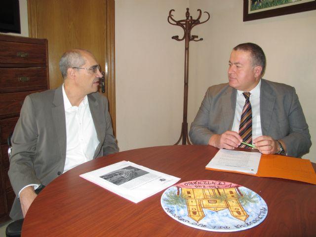 El consejero Francisco Bernabé se reúne con el alcalde de Villanueva del Río Segura - 1, Foto 1