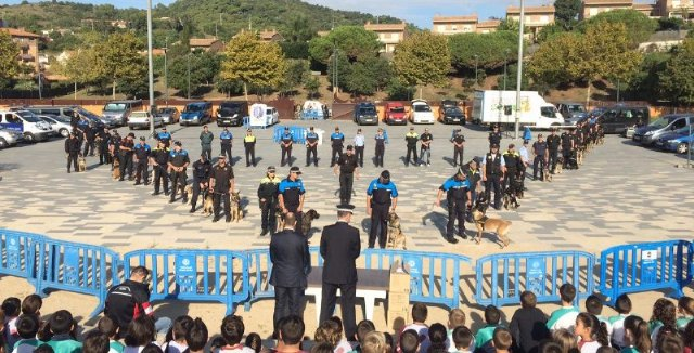 La unidad canina de la Policía de Cieza participa en unas jornadas en Barcelona - 1, Foto 1