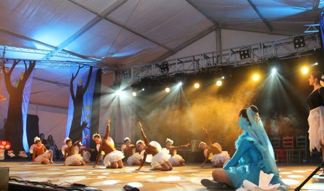 La Asociación de Baile Riá Pitá ofreció el espectáculo Danzarina, el hada de los bailes en la Caseta Municipal - 1, Foto 1