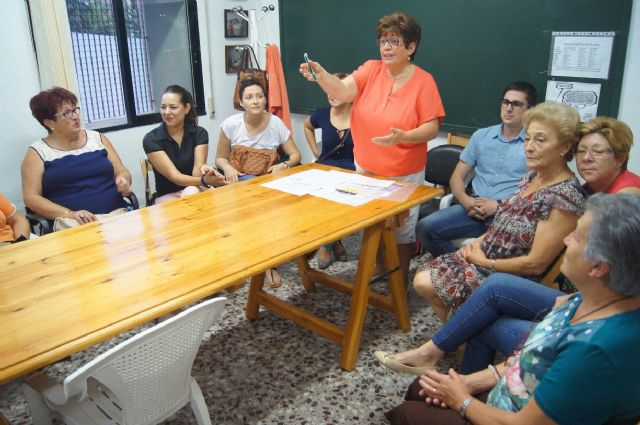 Comienza el nuevo curso 2015/16 de la Asociaci�n Sociocultural de la Mujer de Totana con un amplio programa de actividades, Foto 4