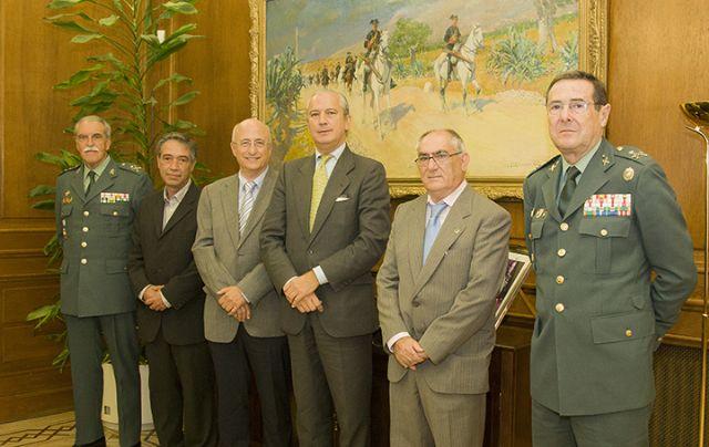 El Director General de la Guardia Civil y el Presidente del Teléfono de la Esperanza firman un protocolo colaboración - 3, Foto 3