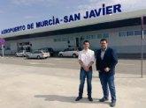 Antonio Murcia, acompaña al portavoz en la Asamblea Regional, Miguel Sánchez, en su visita al Aeropuerto de San Javier