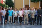 Alcantarilla mostró su condolencia y condena por el presunto caso de violencia de género ocurrido ayer en Beniel, con un minuto de silencio