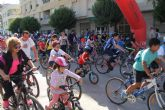 Más de 500 personas participan en la actividad 'En Forma Pedaleando' recorriendo las principales calles de Puerto Lumbreras