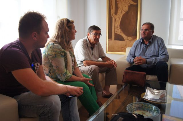The mayor meets with the Murcia Regional Hemophilia Association to establish joint cooperation activities between the two entities