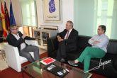 Tovar ha visitado La Unión y ha mantenido una reunión de trabajo con el Alcalde