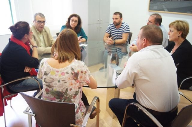 """The municipal government meets regional leaders FEAPS, now called """"full inclusion Murcia"""""""