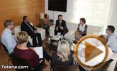 El Gobierno municipal se entrevista con el director general de Instituto de Fomento