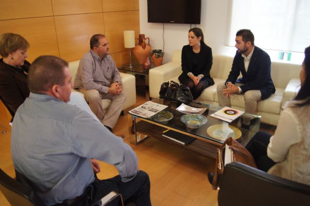 """""""Guadalentín Emprende"""", which brings together young entrepreneurs of the region, meets with local authorities"""