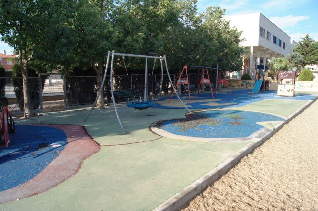 "The Department of Infrastructure undertake a comprehensive action arrangement garden ""Tierno Galvan"" in the urbanization ""El Parral"""