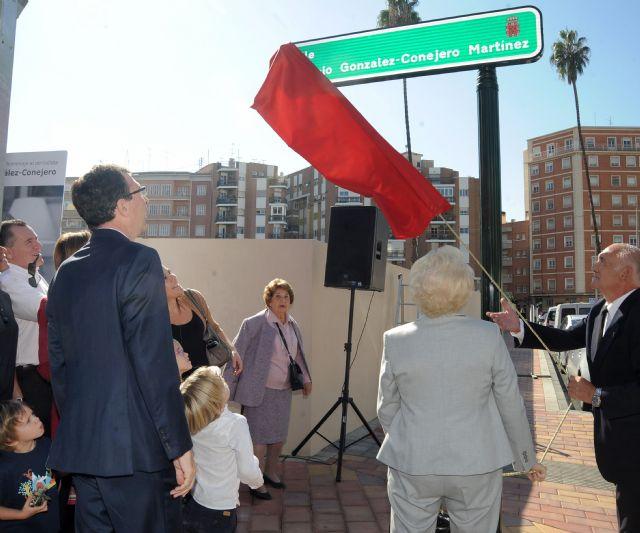 Una calle del centro de Murcia lleva desde hoy el nombre de Antonio González-Conejero - 1, Foto 1