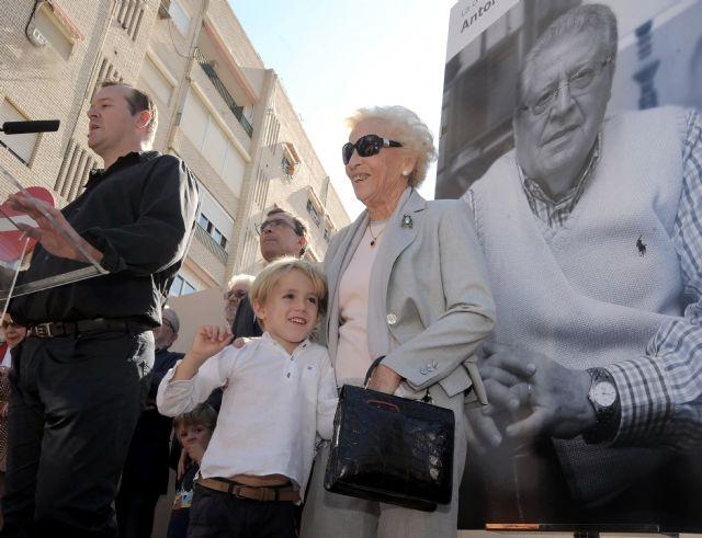 Una calle del centro de Murcia lleva desde hoy el nombre de Antonio González-Conejero - 2, Foto 2